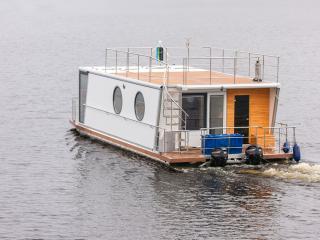 Houseboat Finland: Houseboat DeLuxe 42 m2 / 8, Aanekoski