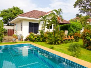Bangsaray garden /pool villa