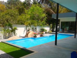 Design  villa     3 bed  private  pool