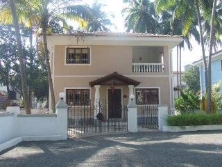 Beautiful Villa close to beach and Candolim