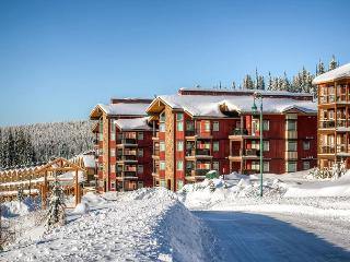 Raven 203 Big White Happy Valley Location Sleeps 8