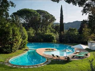 VILLA TORO 5BR-Pool Garden & SPA by KlabHouse