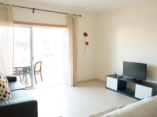 Cachonne White Apartment, Cabanas Tavira, Algarve