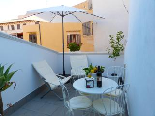 Made in Ortigia Apartments | Family Apartment with terrace