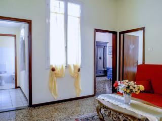 Grazioso appartamento con 3 camere da letto, Florence