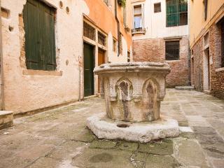 Apartment .San Marco Economy, Venice