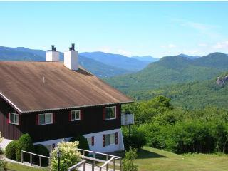 NEW!!! Romantic getaway with unsurpassed views!, Glen