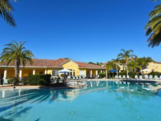 Oakwater Resort Gorgeous 2 BR Townhouse-2755, Orlando