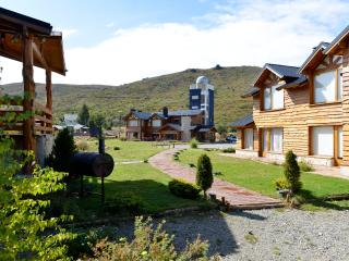 Quiet Mountain Retreat 2Bedrooms2Bathrooms Sleeps6, San Carlos de Bariloche