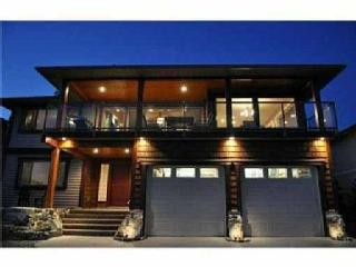 Sechelt tropical paradise- Ocean views