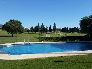 Beautiful 2 Bedroom Apartment first line Golf, Mijas Pueblo