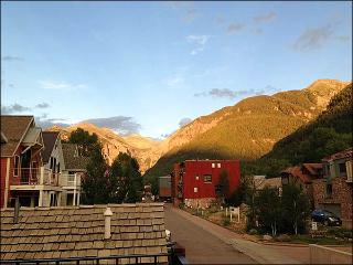 Charming Carriage House - Five Minutes from Downtown (6489), Telluride