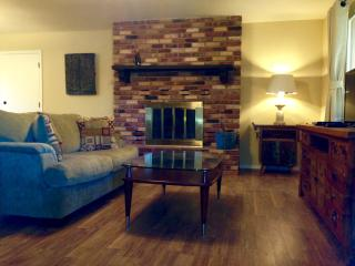 2BR 2BA in Quiet Neighborhood, 20min to Sedona!
