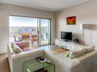 Two Bedroom Unit in Newstead-Close to Emporium, Brisbane