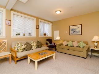 White Rock Beach Inn - 2Bedroom/Bath Suite
