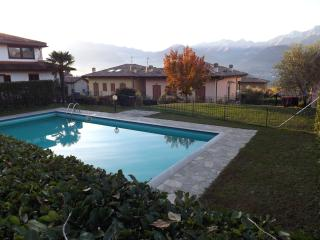 Exclusive Villa Aurora with pool, Colico