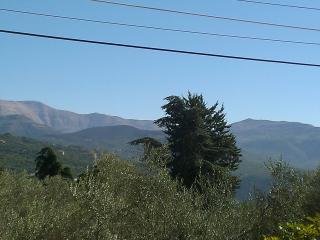 Mountain Getaway Villa in Ajaltoun, Mount Lebanon Governorate