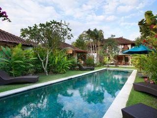Villa Sarah - Tranquil Hideaway - Seminyak Beach