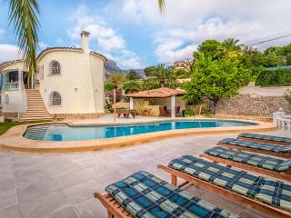 Apartment downst villa,seaview,pool,sky wifi