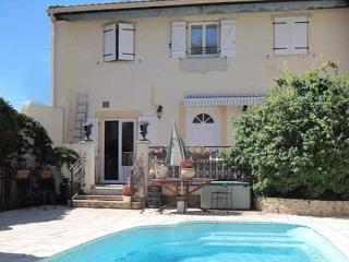 Village property for Family holidays, Murviel-les-Beziers