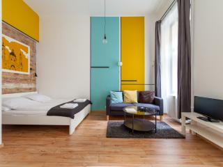 Stylish apartment, private entrance, Budapest