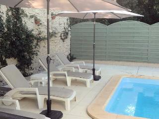 Laurens, villa with pool, France, sleeps 6