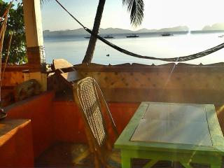 Excellent Seaview Double!, El Nido