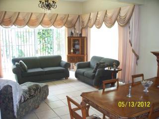 Casa en Carretera Sur, La Muela, Managua