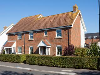 Immaculately presented, stylish family house, Camber