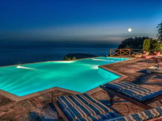 Etoile De Mer Villa - The Star of your Holidays!, Paleopoli