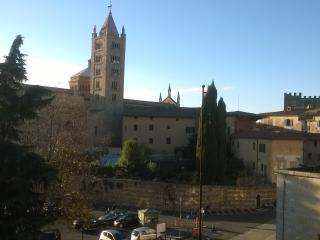 Piccolo appartamento vista Duomo Massa Marittima