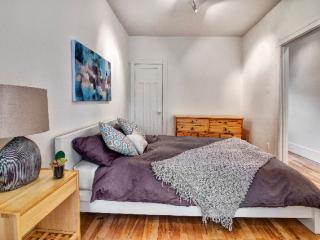 Belle chambre avec Grand lit Queen
