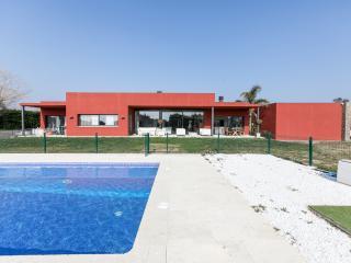 VILLA PERALADA  Modern Luxury, next to golf course GIRONA