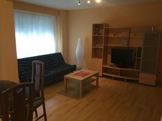 Piso centrico de dos habitaciones con cuatro camas, Zaragoza