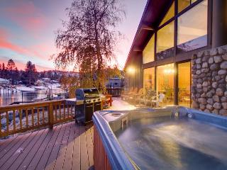 Lakefront retreat w/ a private hot tub, pool, & shared amenities