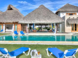 Lush luxury villa amid paradise