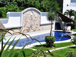 Nice House at only 5 minutes to 5av, Playa del Carmen