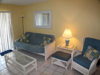 Ocean Front, 1 Bedroom Studio Condo, WIFI