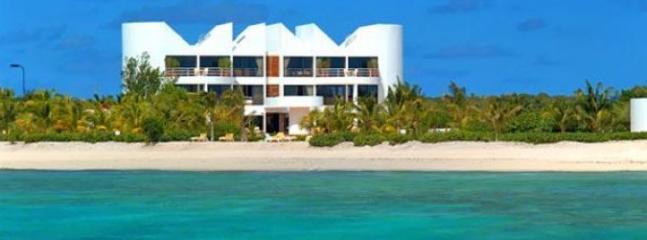 ALTAMER - AFRICAN SAPPHIRE VILLA West End, Anguilla, Anguila