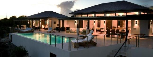 KAMIQUE - AQUAMARIE, Little Harbour Anguilla
