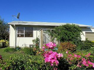 Hannahs Bay Bach, Rotorua District