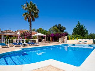 Quinta Joya - Wonderful large 6 bedroom property, with golf nearby