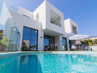 Sandk Villa, 150m From Kalamaki Beach Chania, Stalos