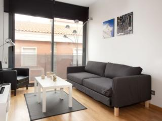 BWH Gracia 21 apartment in Gracia with WiFi, airconditioning, balkon & lift., Barcellona