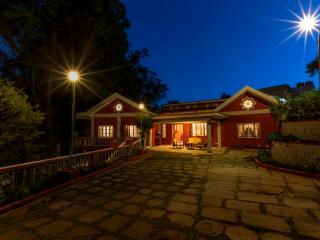 The Red House (B&B), Fernhill - OOTY, Ooty