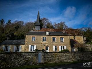 La maison d'Adélaïde, Dampsmesnil
