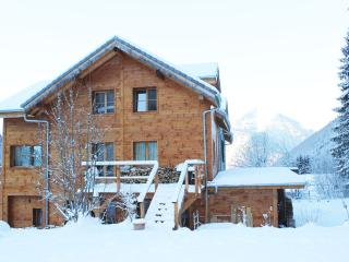 L'Ecuela The Old School luxury self catered chalet, Saint Jean d'Aulps