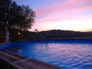 couche de soleil a la piscine