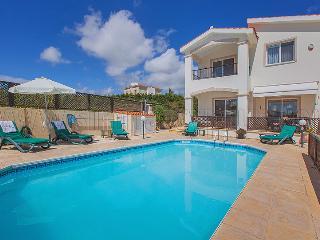 Villa in Coral Bay, Paphos - 3 Bedroom Villa