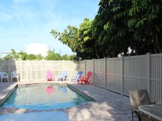 Pet Friendly Spacious 2 Bedroom Apartment right across from the Beach at the